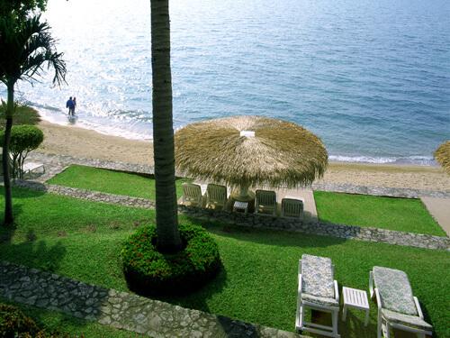 デュシタニ・パタヤ(プレミアム・ガーデンビュー)のプライベートビーチ