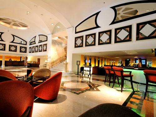 レンブラント・ホテル・バンコク・ホテルのバスルーム